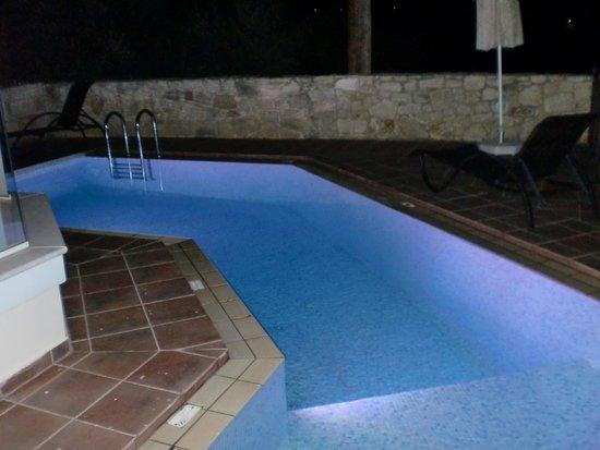 Lofos Village: pool - night