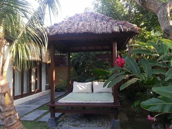 The Buah Bali Villas : villa 3 daybed