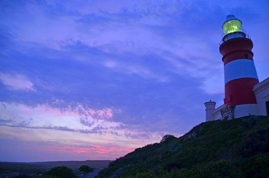 The Cape Town Tour Guide Co.: Cape Agulhas Lighthouse