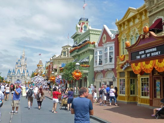 Main St USA and perfect location for the bake shop Picture of Main