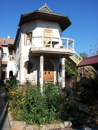 Tiraspol Hostel : Inside the courtyard