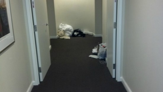 InterContinental Suites Hotel Cleveland: Bed linens and garbage bags in hall