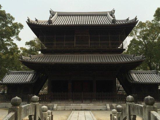 Shofuku-ji Temple: 本堂
