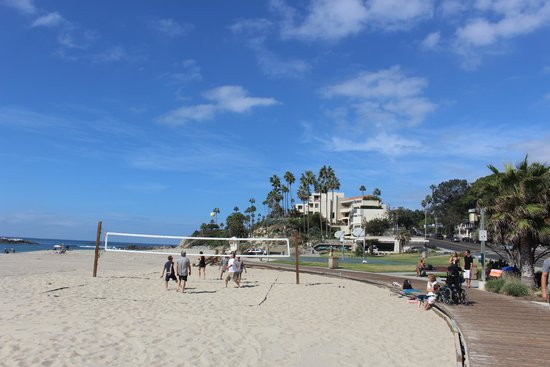 The Inn At Laguna Beach: The beach directly in front of the hotel