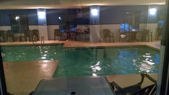 Comfort Inn & Suites - Lookout Mountain: Nice, clean indoor pool