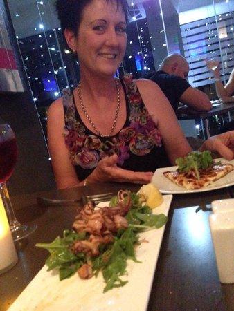 Amici Restaurant Pizzeria : Great food = Happy Customers