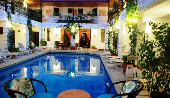 한 달리안 호텔
