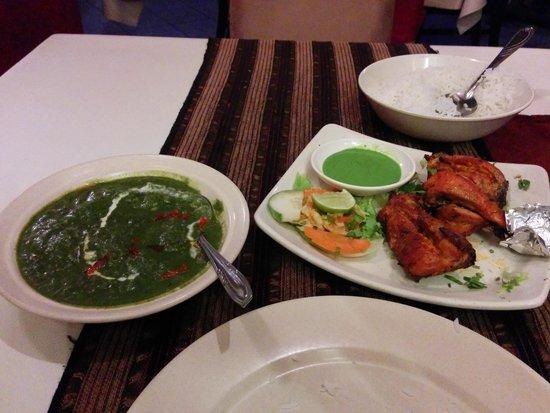 Kohinoor: palak paneer and tandoori leg