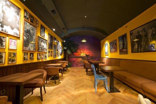 Sunset Cafe: Non smoking area