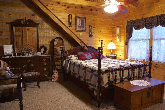Great Cabin On The Hill B U0026 B: Lake Cumberland Log Cabin Bed U0026 Breakfast