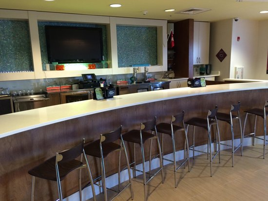 SpringHill Suites Columbia Downtown/The Vista : Great bar option if you are looking for a quiet low key spot