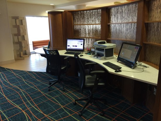 SpringHill Suites Columbia Downtown/The Vista : Business center