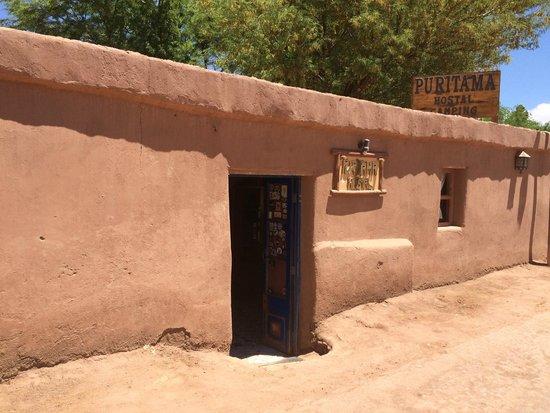 Hostal Puritama: Como tudo na Rua Caracoles a entrada é simples.