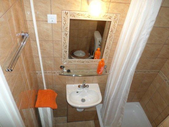 Apartment4you Budapest : Stúdió Apartman erkélyes