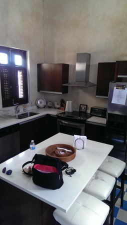La Terraza de San Juan: kitchen