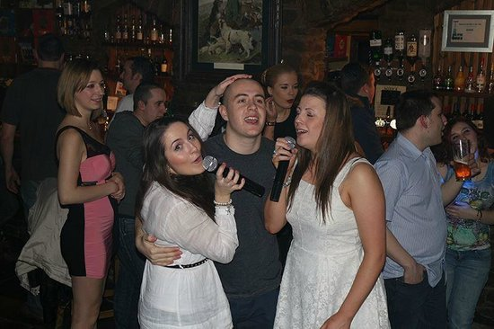 Forth Inn : Karaoke Night