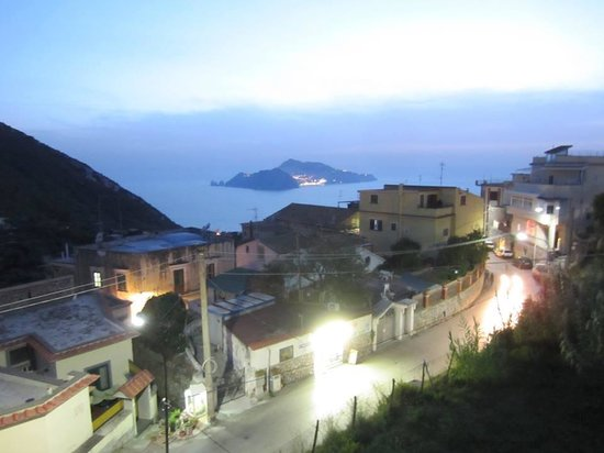 Hotel Caruso: The view from our balcony at dusk.