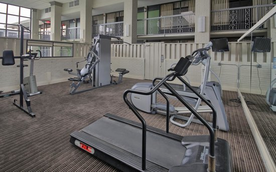 Clarion Inn & Suites Conference Center: Fitness Center