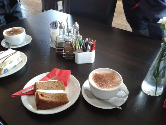 The Dining Room: Gluten Free cake and Cappuccino