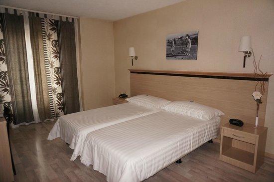 Hotel de la Vieille Tour: Chambre standard