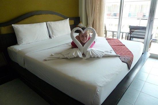 Samui First House Resort : Лебеди