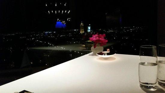 Ciel Bleu Restaurant: Vue depuis la table