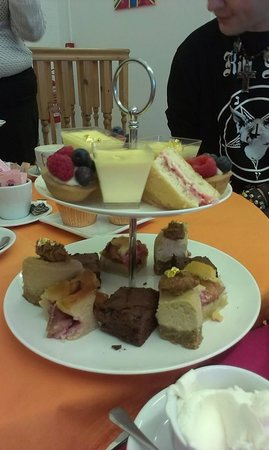 Sugar Therapy: Mini Cake Selection