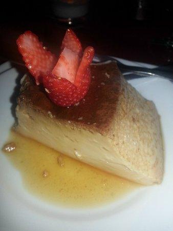 O Marafado : Flan with Amaretto