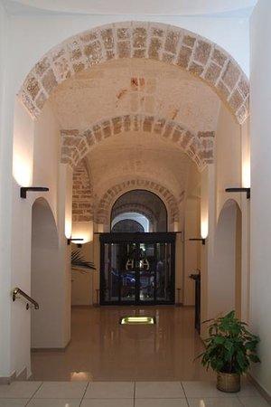 Adria Hotel Bari: ingresso