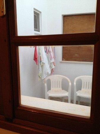 Chrysa Studios: depuis la fenêtre du studio