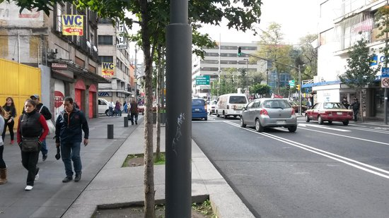 Hotel Castropol: Street view