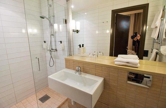 Scandic Stora Hotellet: Badrum