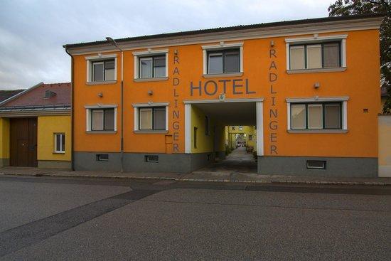 Pellendorf, النمسا: Отель под арку