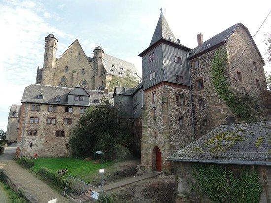 Marburger Landgrafenschloss Museum: Landgrafenschloss Rückansicht