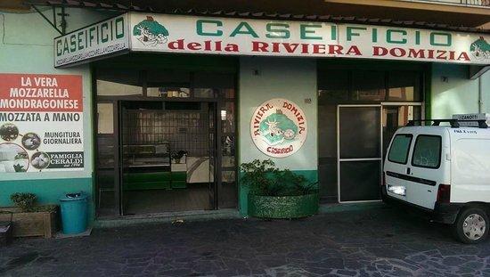 Caseificio Della Riviera Domizia