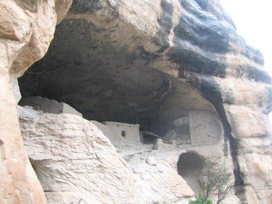 Little Toad Creek Inn & Tavern: Gila Cliff Dwellings NM