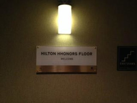 DoubleTree by Hilton Hotel Norwalk : dedicated floor