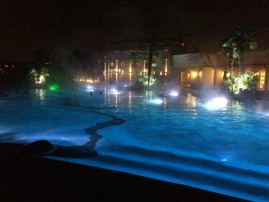 Piscina termale foto di relilax hotel terme miramonti montegrotto terme tripadvisor - Montegrotto terme piscina ...