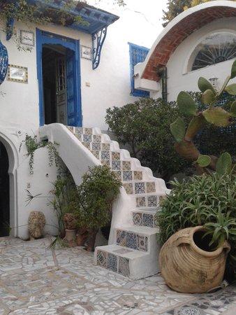 Sidi Bou Said, Tunisia: Inside Dar el-Annabi