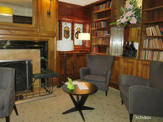 Park Inn by Radisson Thurrock: Agréable salon