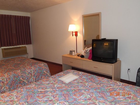 Trailhead Inn: Room