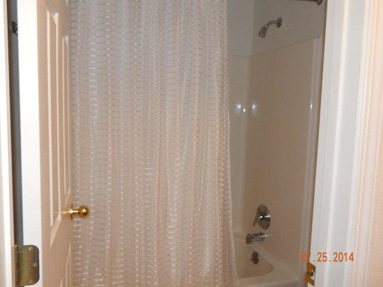 Trailhead Inn: Bathroom