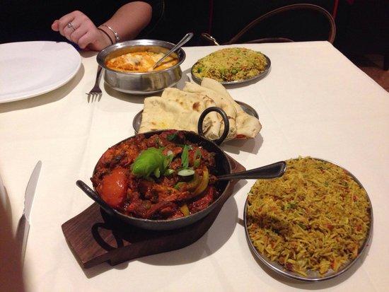 Spice Cube: Mixed Karai, Chicken Majeda, Special Rice, Keema Rice & Special Naan (Chicken Tikka, Chilli & Ch
