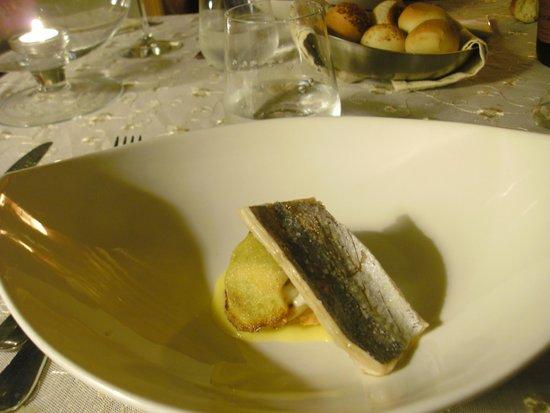 Capitolo Primo : erster Gang im Fischmenü - unbeschreiblich: Textur, Geschmack und Zubereitung 1a!