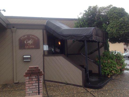 Ukiah Garden Cafe: Front Door