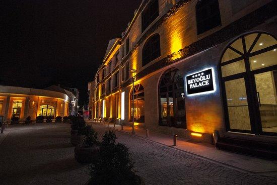 Beyoglu Palace Hôtel Thermal : Dış Cephe