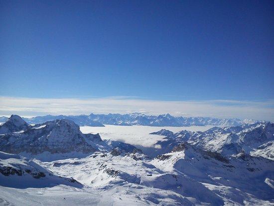 Breuil-Cervinia Ski Area: vista