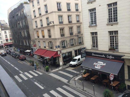 Hotel Turenne Le Marais: Вид из номера