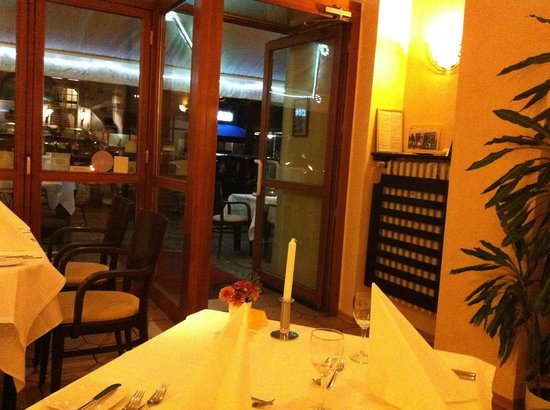 Restaurant Le Compagnon : small interior