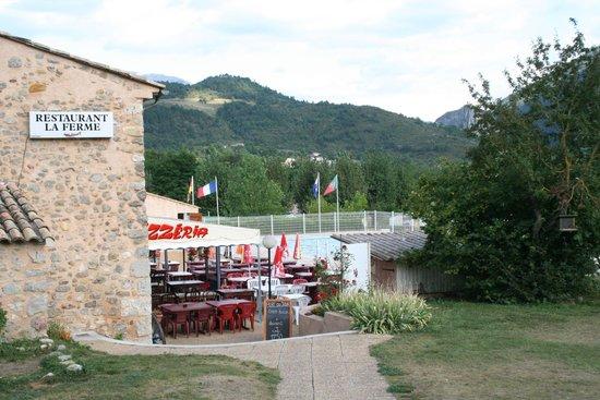 "Ciela Village Camping International : Hier is restaurant 'La Ferme""."